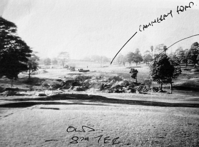 Old 8th tee.  Now express way and Anzac park